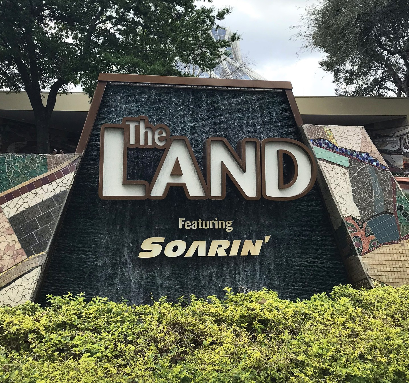 the land ride sign