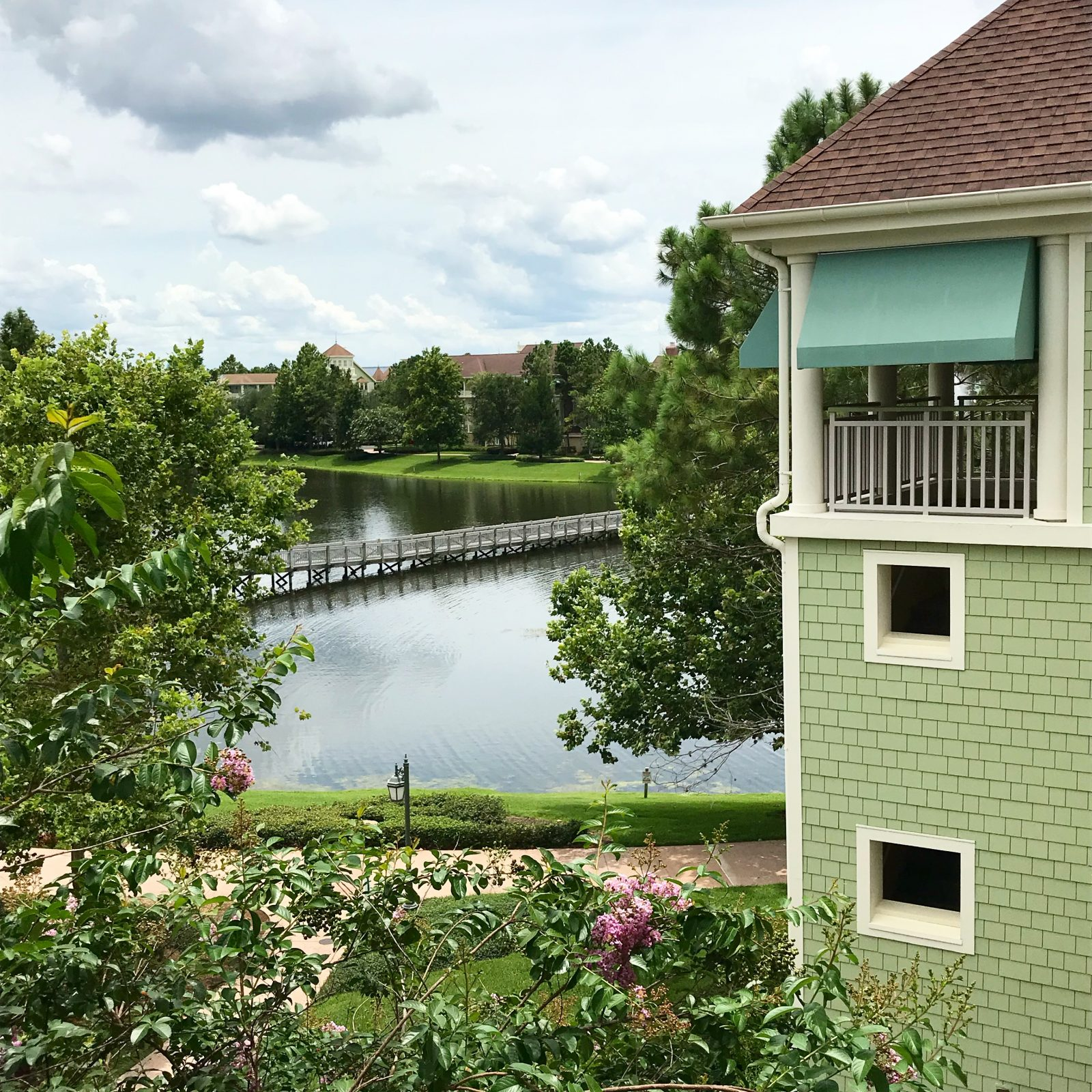 Disney's Saratoga Springs Resort & Spa with water in the background