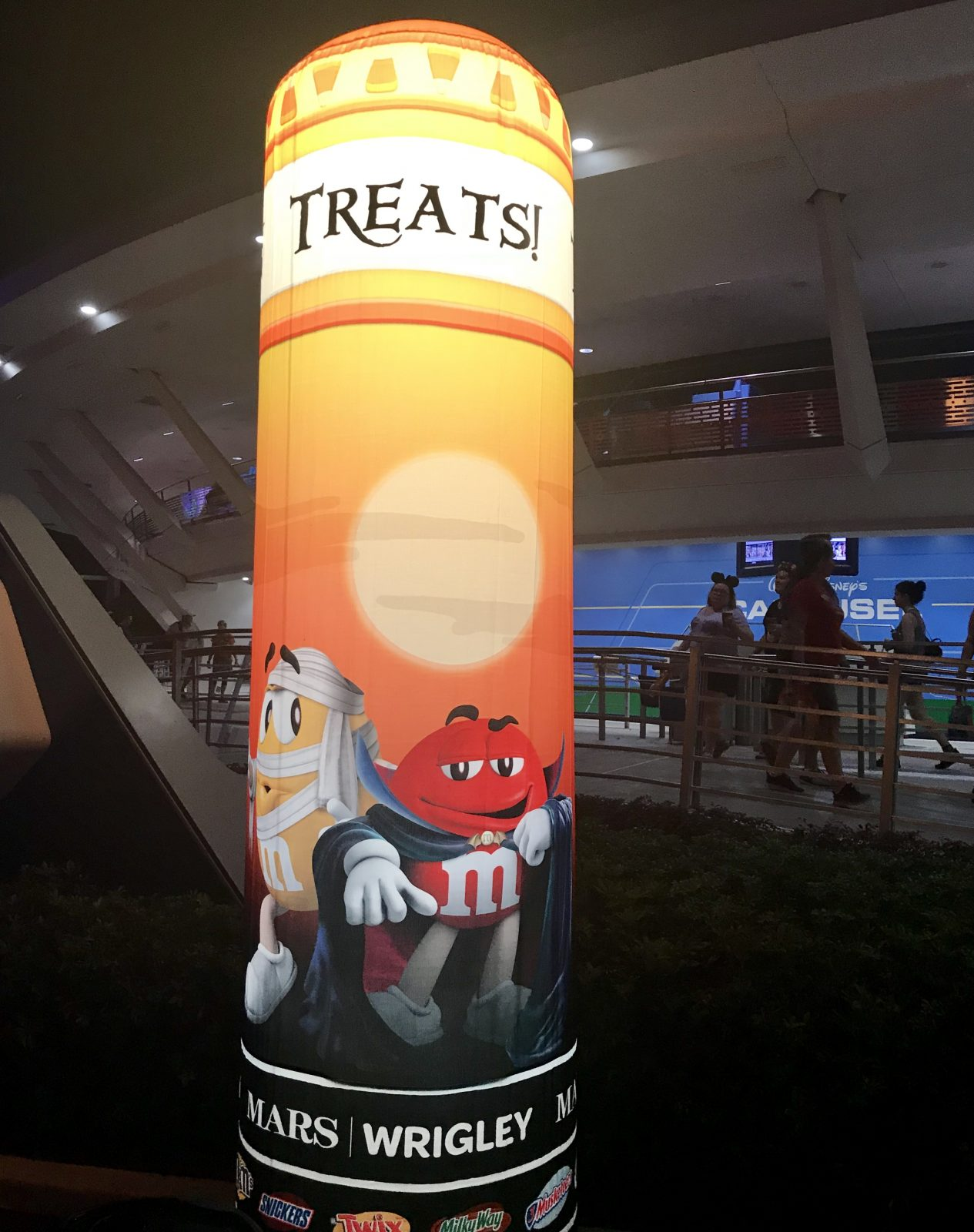 M&M trick or treat blow up sign