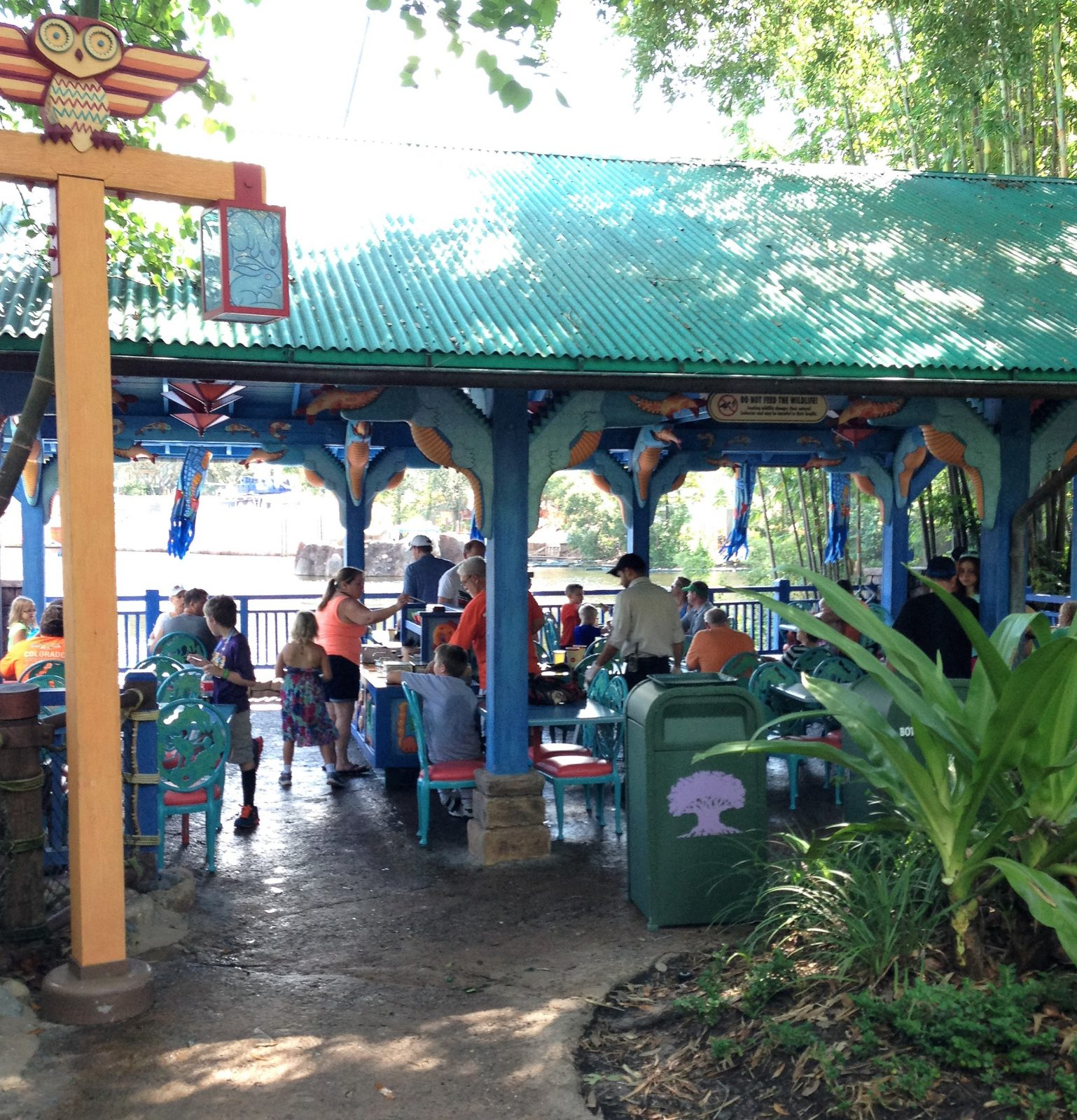 flame tree barbecue seating area - best animal kingdom quick service
