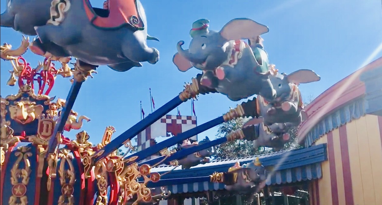 flying dumbo ride