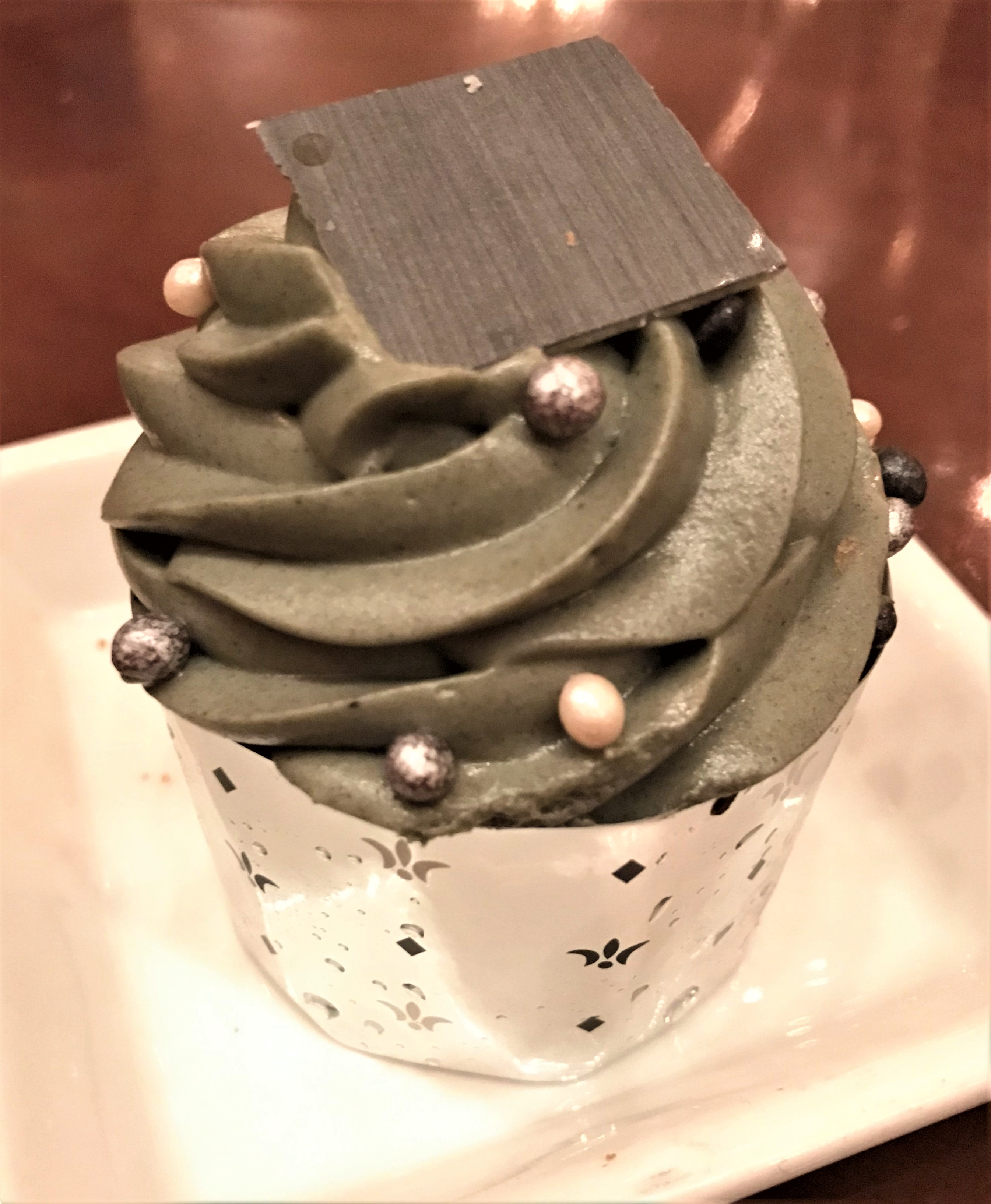 """try the grey stuff"" on the Master's Cupcake"