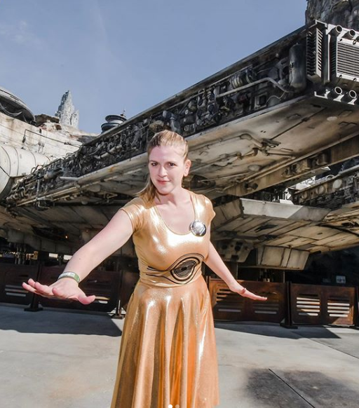 julie in Galaxy's edge