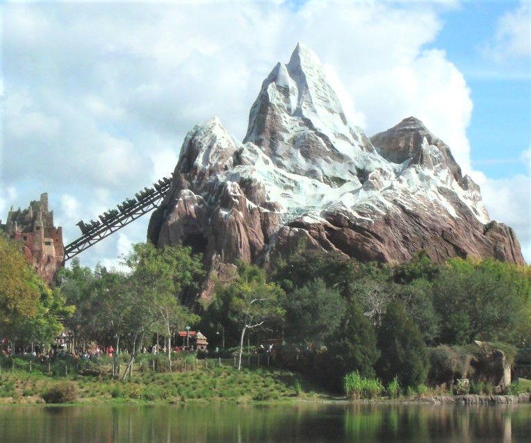 mountain of expedition everest at disney - animal kingdom fastpass