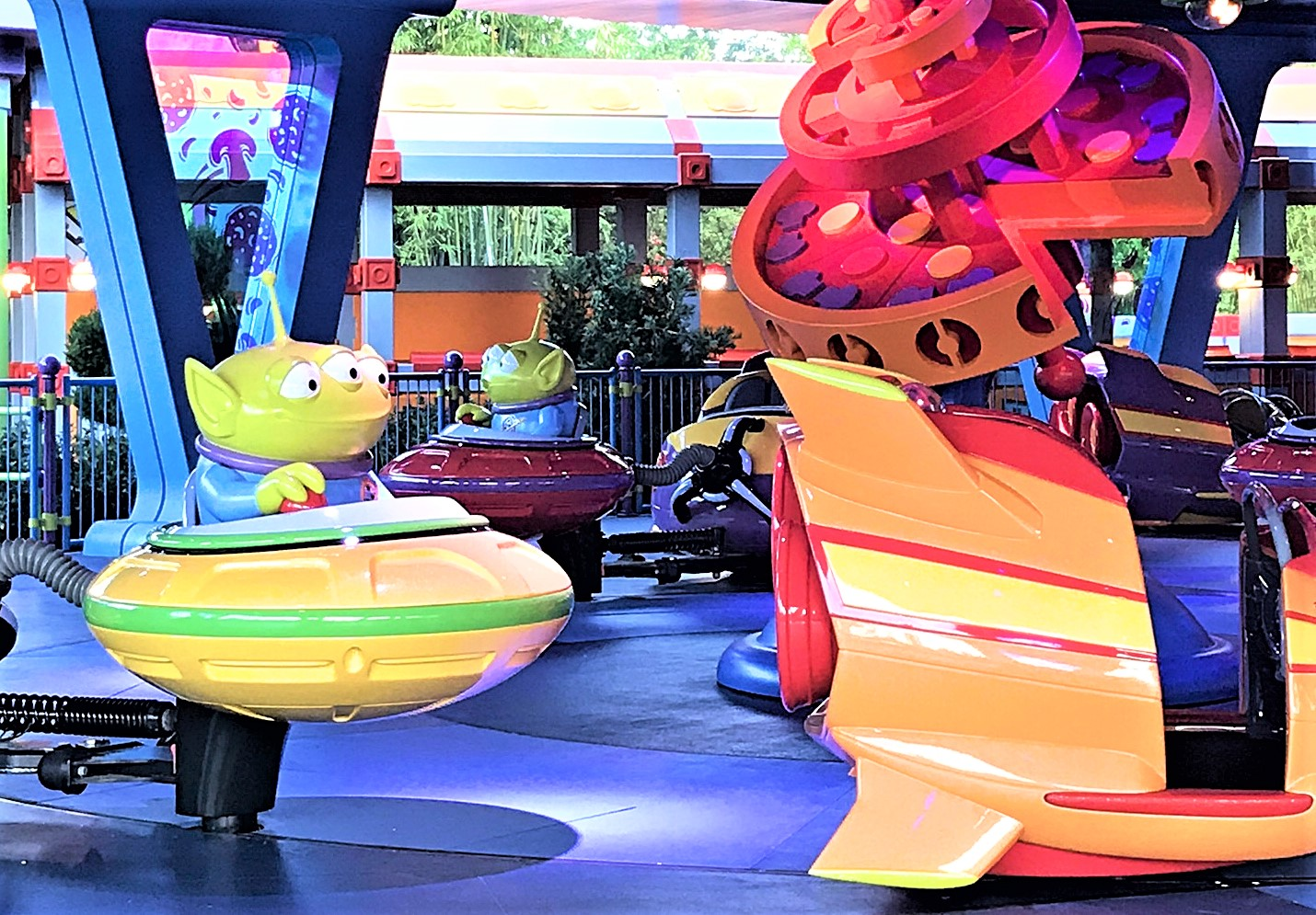 alien swirling saucers - hollywood studios fastpass tiers
