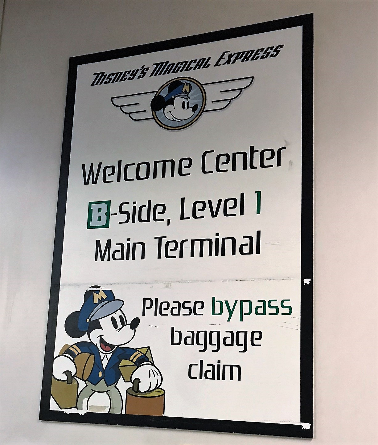disney magical express welcome sign in orlando airport